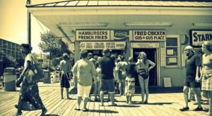 Relive Your Childhood By Snacking On These 9 Famous Delaware Boardwalk Foods