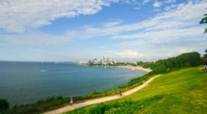 These 10 Gorgeous Waterfront Trails In Cleveland Are Perfect For A Summer Day