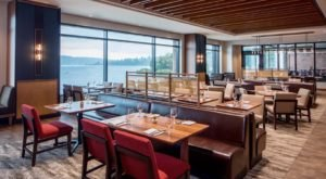 We Found The Most Underrated Waterfront Restaurant In Washington And You'll Want To Visit