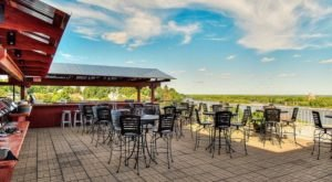 River Views And Tasty Food Are Waiting For You At This Waterfront Restaurant In Iowa
