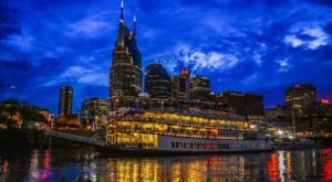 Hop Aboard This Dinner Boat In Nashville Where Both The Views And The Food Are Spectacular