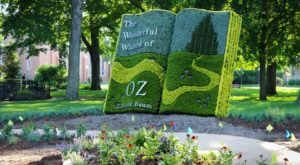 The Wizard Of Oz Comes To Life At This Whimsical Walk-Through Exhibit In Michigan