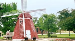 There's A Quirky Windmill Park Hiding Right Here In North Dakota And You'll Want To Plan Your Visit