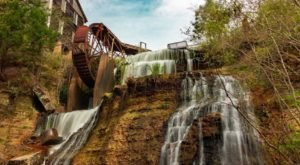 Your Kids Will Love This Easy 1/2-Mile Waterfall Hike Right Here In Mississippi