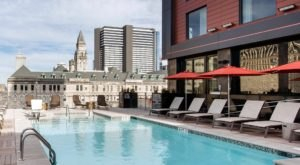 Cool Off For Free At This Beautiful Rooftop Pool In Nashville
