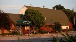 8 Illinois Restaurants That Will Remind You Of Your Prairie State Roots