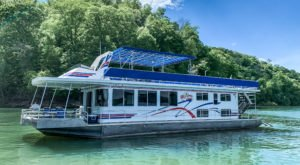 Spend The Night On The Water In This Wonderfully Cool Houseboat In Kentucky