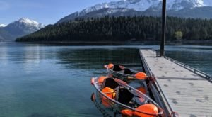 Explore This Oregon Lake Like Never Before In A Glass-Bottom Kayak
