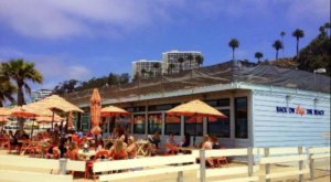 The Dreamy Beachfront Restaurant In Southern California Where It Always Feels Like Summer
