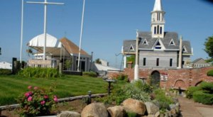 The Inconspicuous Wedding Chapel In Rhode Island You Won't Find Anywhere Else In The World
