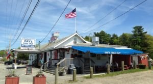 8 Maine Restaurants Where You Can Stuff Your Face With Endless Crab