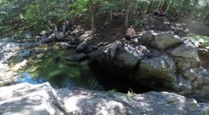 New Hampshire's Most Refreshing Hike Will Lead You Straight To A Beautiful Swimming Hole