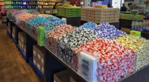 Chocoholics Will Love This One-Of-A-Kind Outlet Store In New Hampshire