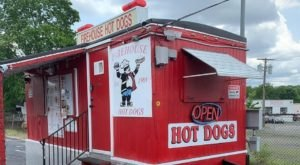 Visit This 30-Year-Old Roadside Stand For The Most Memorable Steak And Cheese In Rhode Island
