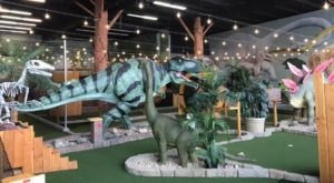 Prehistoric Putt Is An Insanely Fun Dinosaur-Themed Mini Golf Course In Nebraska