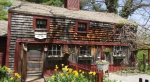 This New Hampshire Eatery Was The Inspiration For One Of Your Favorite Childhood Tales
