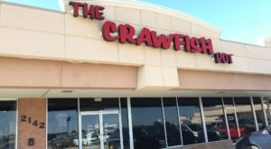 The Crawfish Boil Of Your Dreams Is Waiting For You At This Oklahoma Restaurant