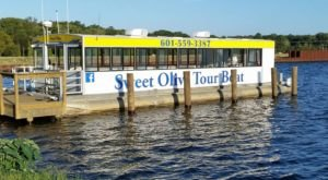 The Mississippi Boat Tour That's Perfect For Your Next On-The-Water Adventure