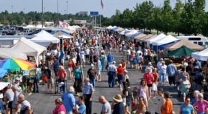 This Enormous Roadside Farmers Market In Missouri Is Too Good To Pass Up