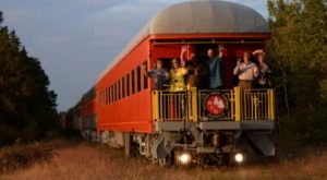Enjoy Delicious Food And Scenic Views on The Great Northern Railroad's Exciting Dinner Train In Wisconsin