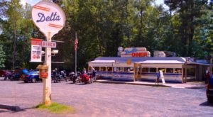 The Middle-Of-Nowhere Wisconsin Diner That's Worth Seeking Out