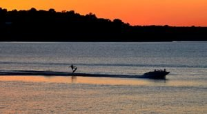 One Beautiful Lake State Park In Kansas You'll Fall In Love With