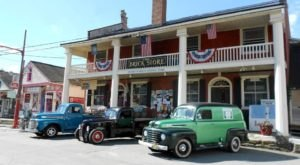 America's Oldest General Store Is In New Hampshire And Its Fudge Is To Die For