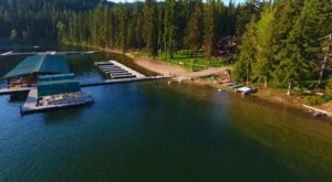 Make Your Summer Complete With A Stay At This Beautiful Beachfront Lodge In Idaho