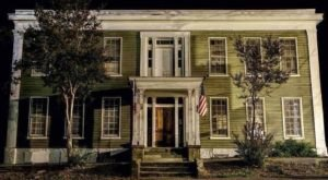Spending The Night In The Most Haunted Hotel Near Austin Isn't For The Faint Of Heart