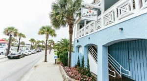 The Oceanside Grill In This Tiny South Carolina Beach Town Is The Perfect Dinner Spot