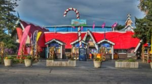 The Christmas Theme Park In Illinois Where You'll Have Loads Of Unforgettable Fun
