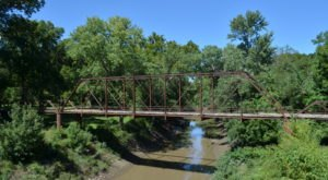 9 Of The Best Historic Stops Along Kansas' Longest Hiking Trail
