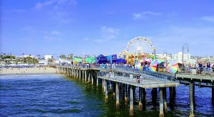 The Magnificent Southern California Pier That's Packed With Tons Of Tasty Restaurants