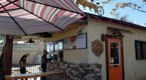 The Burgers And Shakes From This Middle-Of-Nowhere Nevada Restaurant Are Worth The Trip