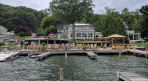 The Little-Known Restaurant In New York With Incredible Lakefront Views