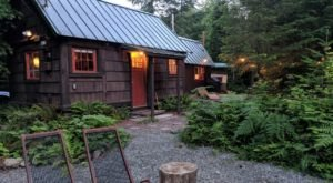 Soak Under The Stars At This Historic Hot Springs Cabin In Washington