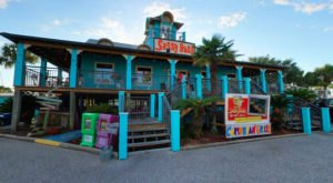 This Caribbean-Themed Restaurant In Alabama Will Take You Straight To The Islands