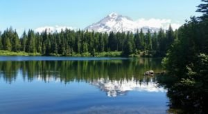 This Exhilarating Hike Takes You To The Most Crystal Blue Lake In Oregon
