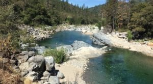 This 1-Mile Hike In Northern California Is Full Of Jaw-Dropping Natural Pools