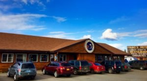 The Middle-Of-Nowhere Alaska Diner That's Worth Seeking Out