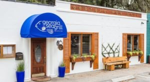 The Oceanside Grill In This Tiny Georgia Beach Town Is The Perfect Dinner Spot