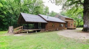 Few People Know Your Can Rent This Gorgeous Private River Cabin With Water Access In Oklahoma