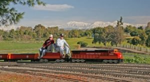All Aboard The Delightful 5-Mile Train Ride In Southern California You Never Knew Existed