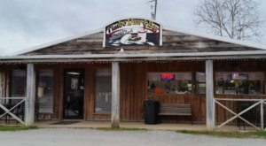This Middle-of-Nowhere Old School Dairy Bar Is An Arkansas Dream