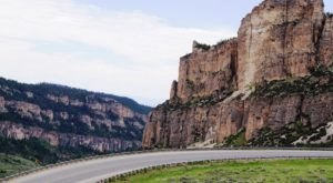 Everyone In Wyoming Should Take This Underappreciated Scenic Drive