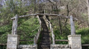 Hike This Stairway To Nowhere In Texas For A Magical Woodland Adventure