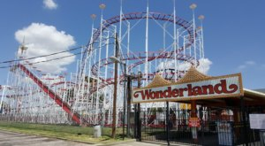 This Retro Amusement Park In Texas Is A True Blast From The Past