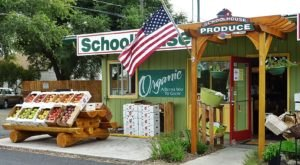 This Charming Roadside Farmers Market In Oregon Is Too Good To Pass Up