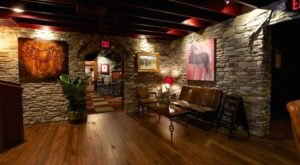 Dine at Walt's Hitching Post, A Delicious Out Of The Way Steakhouse In Kentucky