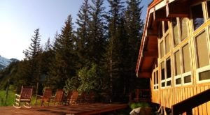 This Amazing Lodge Is Inside A Wildlife Sanctuary Surrounded By Alaskan Wilderness